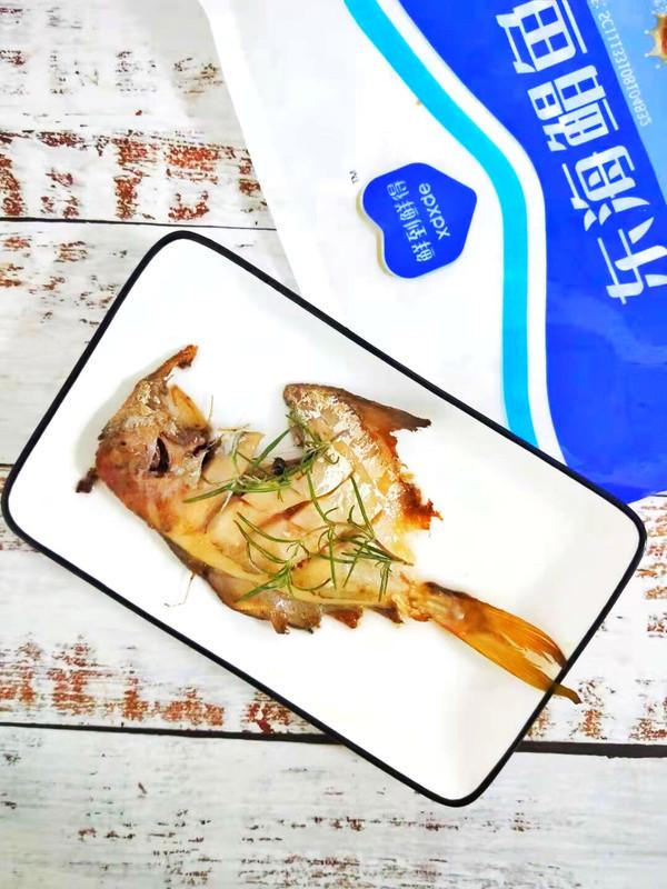 香煎鲳鱼 低脂低卡鲜香美味的做法