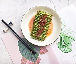 #肉食者联盟#小龙虾酱爆豆角的做法