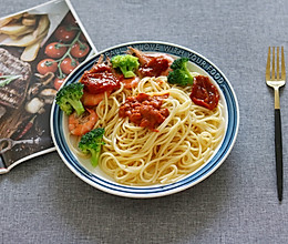 #快手又营养,我家的冬日必备菜品#轻食低卡虾仁意面的做法