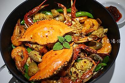 泰国蒜蓉辣酱海鲜锅