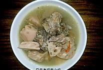 莲藕龙骨煲汤的做法