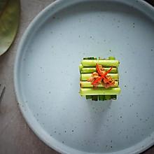 米其林的横竖摆盘,一份蒜薹炒肉也可以赏心悦目。