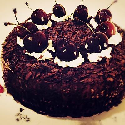 【黑森林蛋糕】
