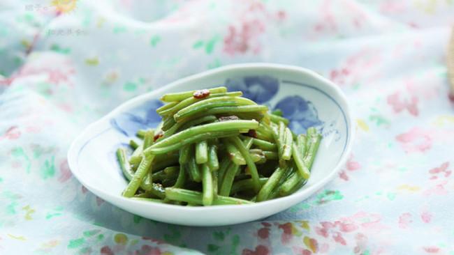 黄豆酱炒山芋藤的做法