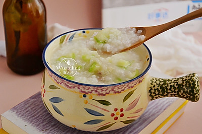 #花10分钟,做一道菜!# 丝瓜肉末粥