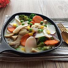 白汁鸡腿杂蔬炖年糕#好侍西趣•奶炖浓情#