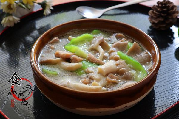 平菇水瓜汤