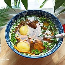鸭血虫草鱼丸汤