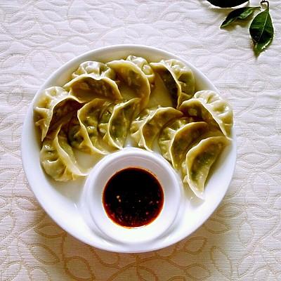 韭菜鸡蛋蒸饺(包饺子手法全解图)