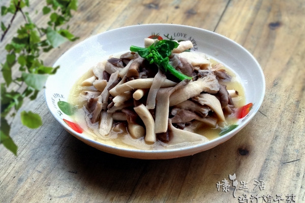 浓汤宝:鸡汁烩平菇的做法