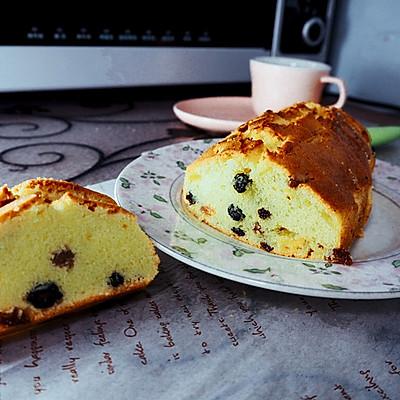 混合葡萄干磅蛋糕
