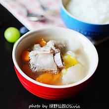 秋藕玉米排骨汤