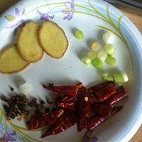 私房土豆炖排骨的做法图解3