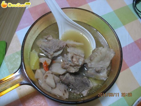 排骨莲藕汤——一道汤让我爱上了一个城市的做法