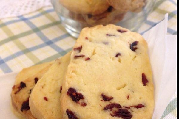 【冬日暖心甜点】蔓越莓饼干的做法