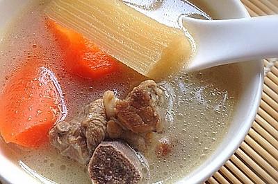 【养生汤品】甘蔗胡萝卜排骨汤——老少皆宜