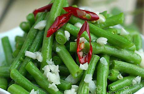 炝拌豇豆的做法