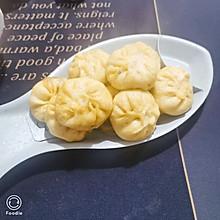 小米南瓜面的韭菜包子#憋在家里吃什么#