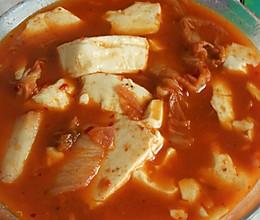 减肥餐  辣白菜豆腐汤的做法
