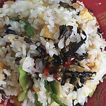 滇味干巴菌焖饭