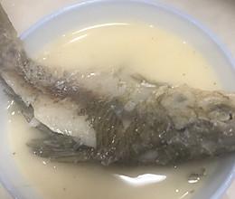 鲫鱼煮淮山(奶白奶白的味道)