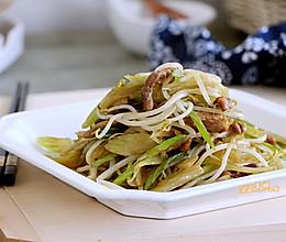 绿豆芽炒芹菜的做法