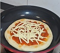 平底锅披萨的做法图解11