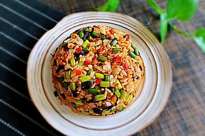 菌菇蒜苔炒米饭