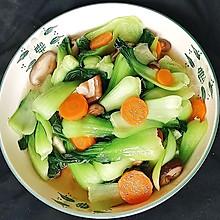#我们约饭吧#香菇炒油菜