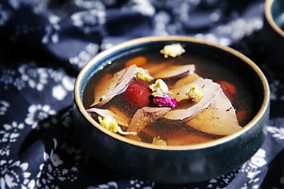 杞菊猪肝汤 | 清明节气食堂