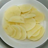 宝宝最爱的肉末土豆泥,好吃到连渣都不剩的做法图解2