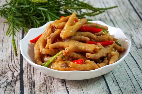泰美味:泰式酸辣鸡爪的做法