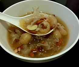 美容养颜又美味-银耳百合桂圆红豆薏米糖水的做法
