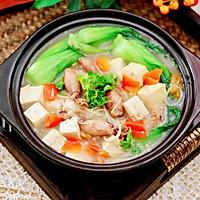 #憋在家里吃什么#金针菇豆腐鱿鱼煲的做法图解14