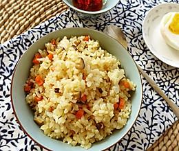 香菇油饭——一款非常好吃的素食炒饭的做法