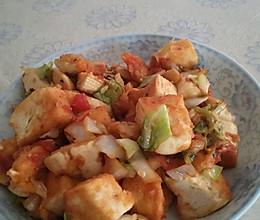 西红柿圆白菜炒馒头的做法