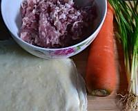 不爱吃胡萝卜的人爱吃了———脆香春卷的做法图解1