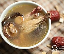 补气除湿-芪苓香菇鸡汤的做法