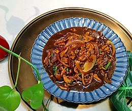 【降血压♥通血管】洋葱炒肉♥蜜桃爱营养师私厨的做法