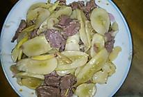 牛肉炒酸黄瓜的做法