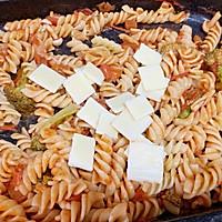 #肉食者联盟#培根芝士番茄意面的做法图解7