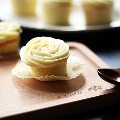 【松下烘焙魔法世界】戚风也可以小清新&好吃的奶酪奶油霜推荐