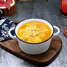 #《风味人间》美食复刻大挑战#酸甜开胃~番茄金针菇冬瓜汤