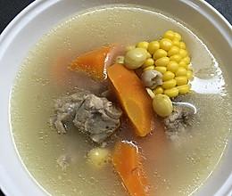 白果胡萝卜玉米排骨汤的做法