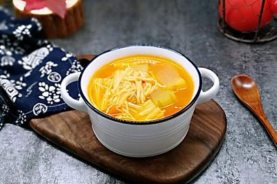 酸甜开胃~番茄金针菇冬瓜汤