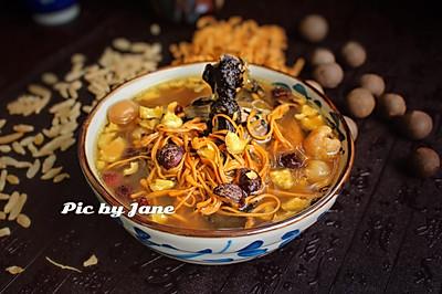 海椰皇虫草花乌鸡汤