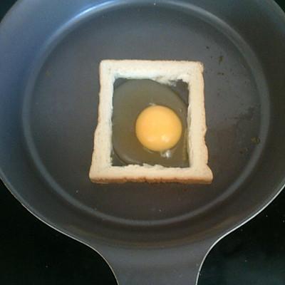 简易早餐o( =•ω•= )m的做法 步骤3