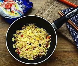 橄榄油拌面#小虾创意料理#的做法