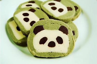 手工自制超萌的熊猫饼