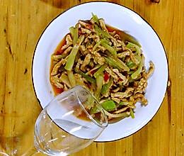 川版莴笋肉片、莴笋肉丝、莴笋炒肉的做法